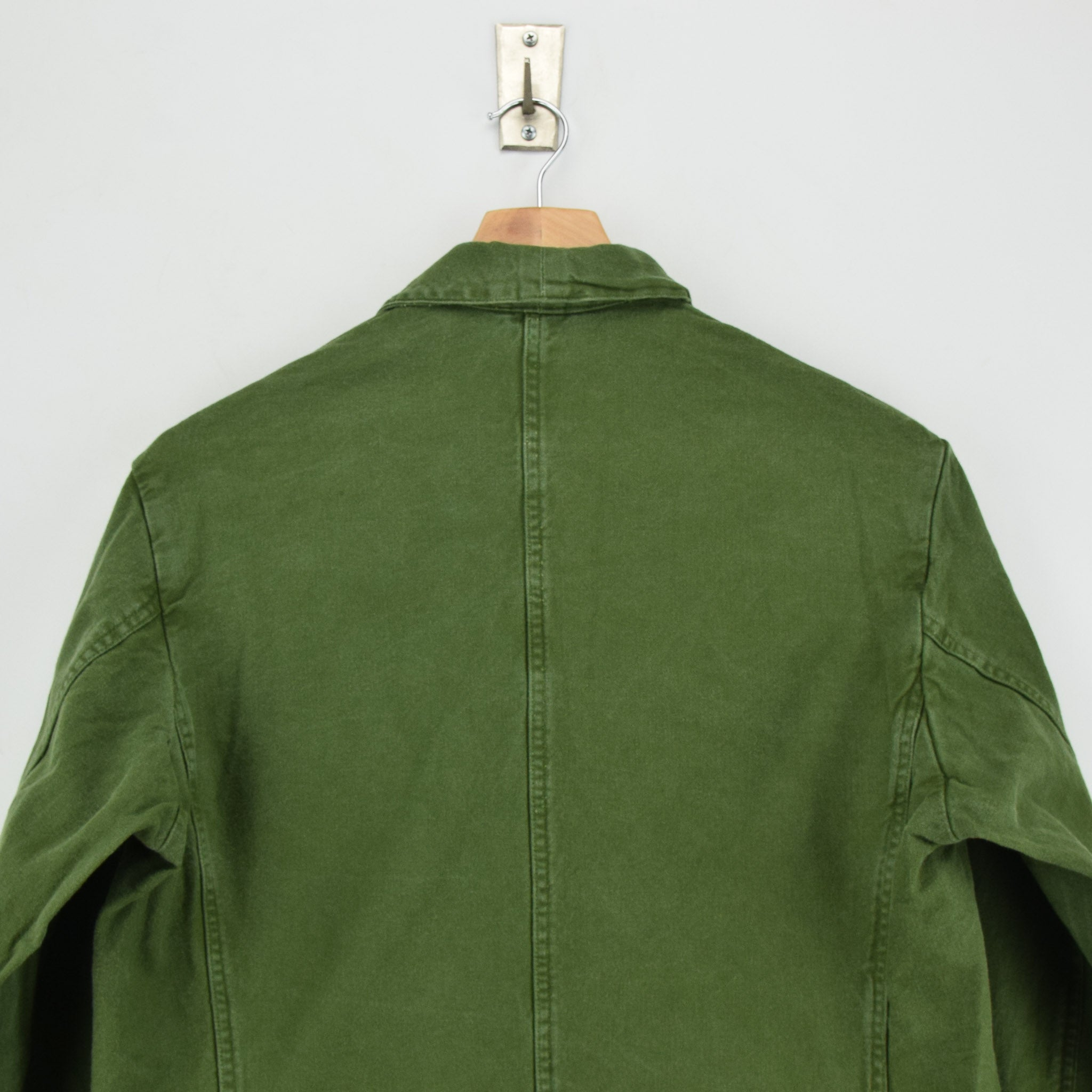 Vintage 60s Swedish Military Field Jacket Worker Style Distressed Green S / M shoulder