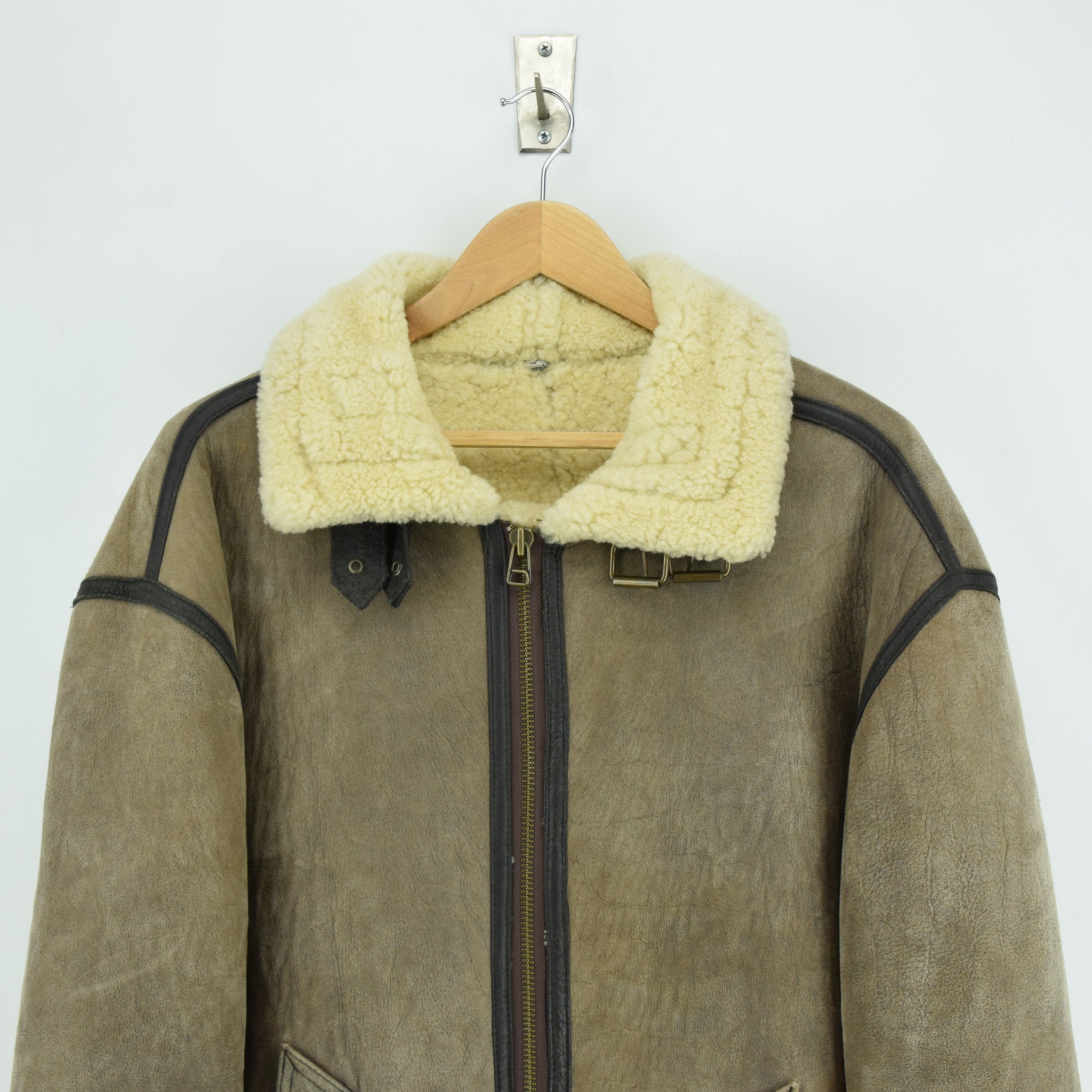 Vintage Original Shearling B3 Flying Brown Sheepskin Aviator Bomber Jacket XXL chest