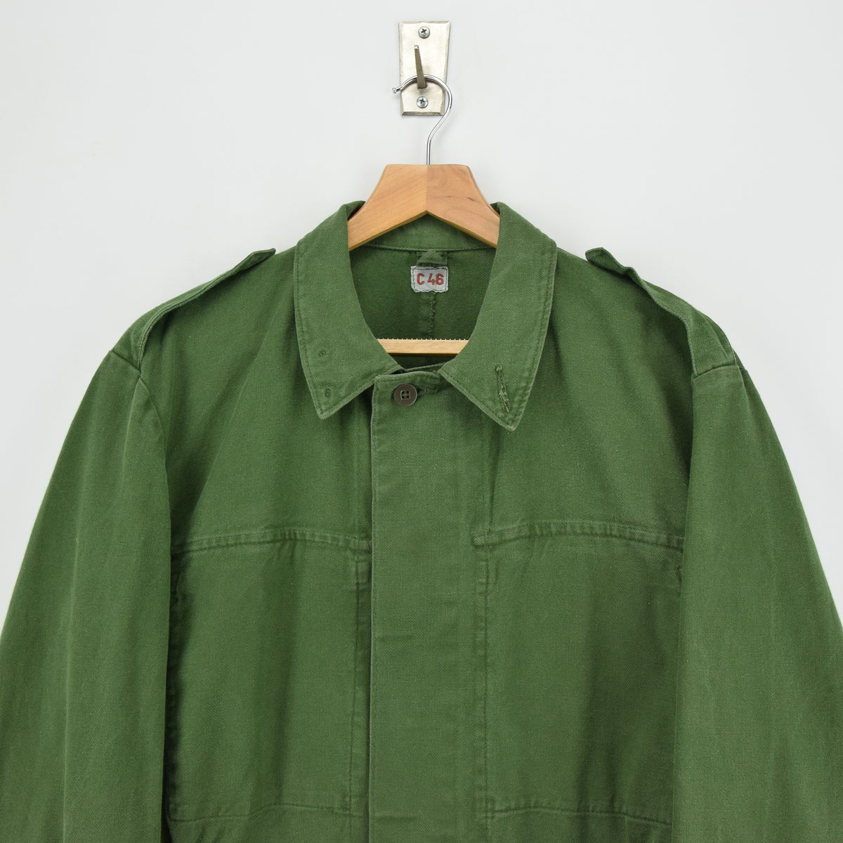 Vintage Swedish Worker Style Distressed Green Military Field Shirt Jacket M chest