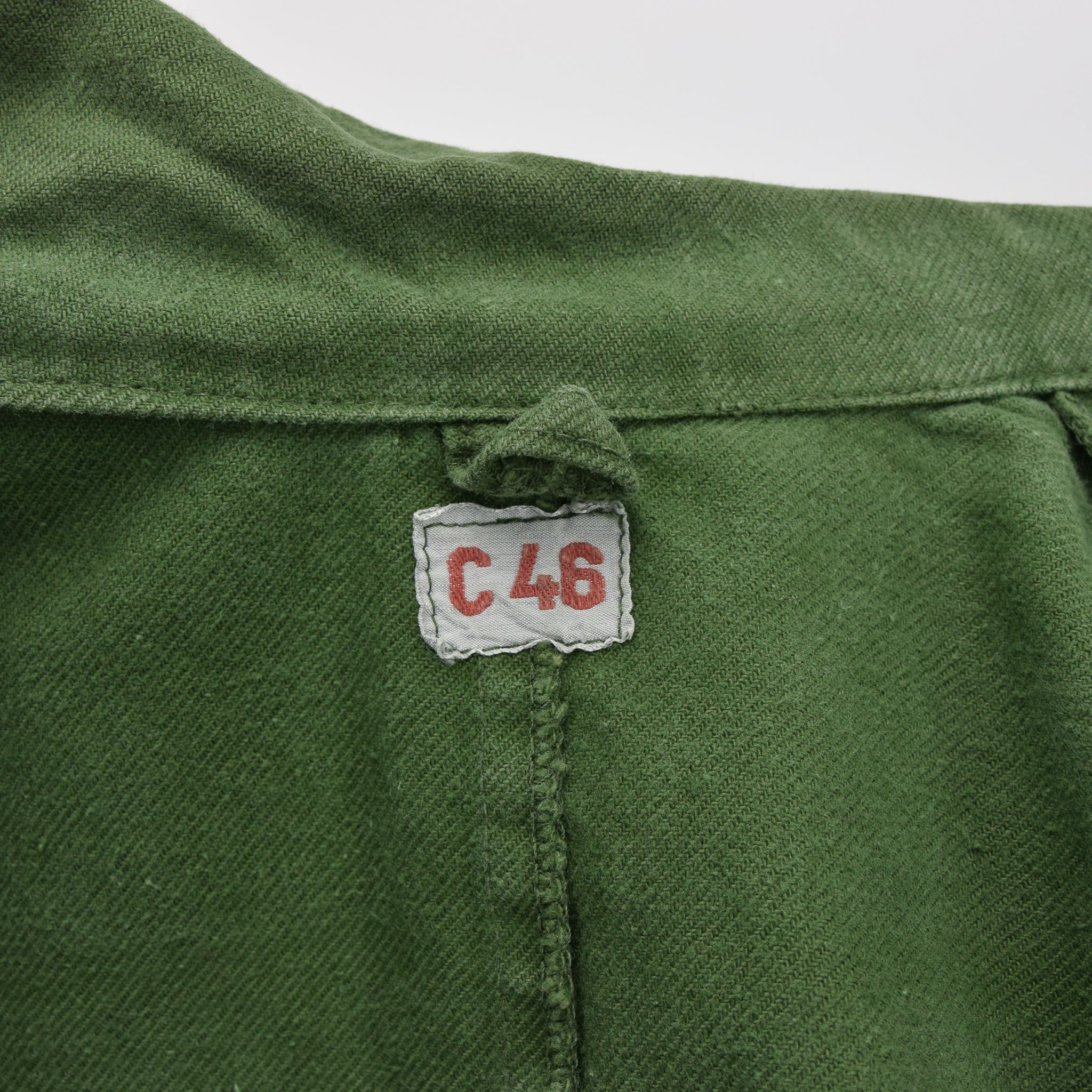 Vintage Swedish Worker Style Distressed Green Military Field Shirt Jacket M label