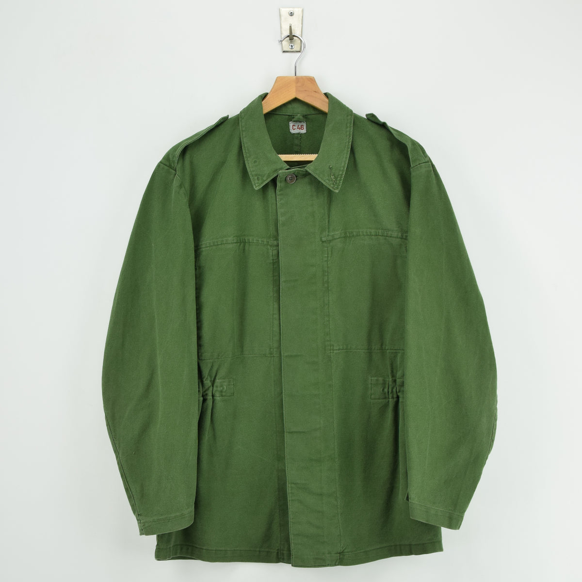 Vintage Swedish Worker Style Distressed Green Military Field Shirt Jacket M front