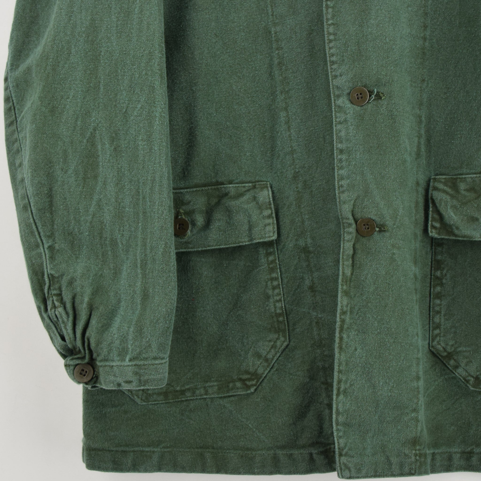 Vintage Swedish Worker Style Distressed Green Military Cotton Field Jacket M / L front hem
