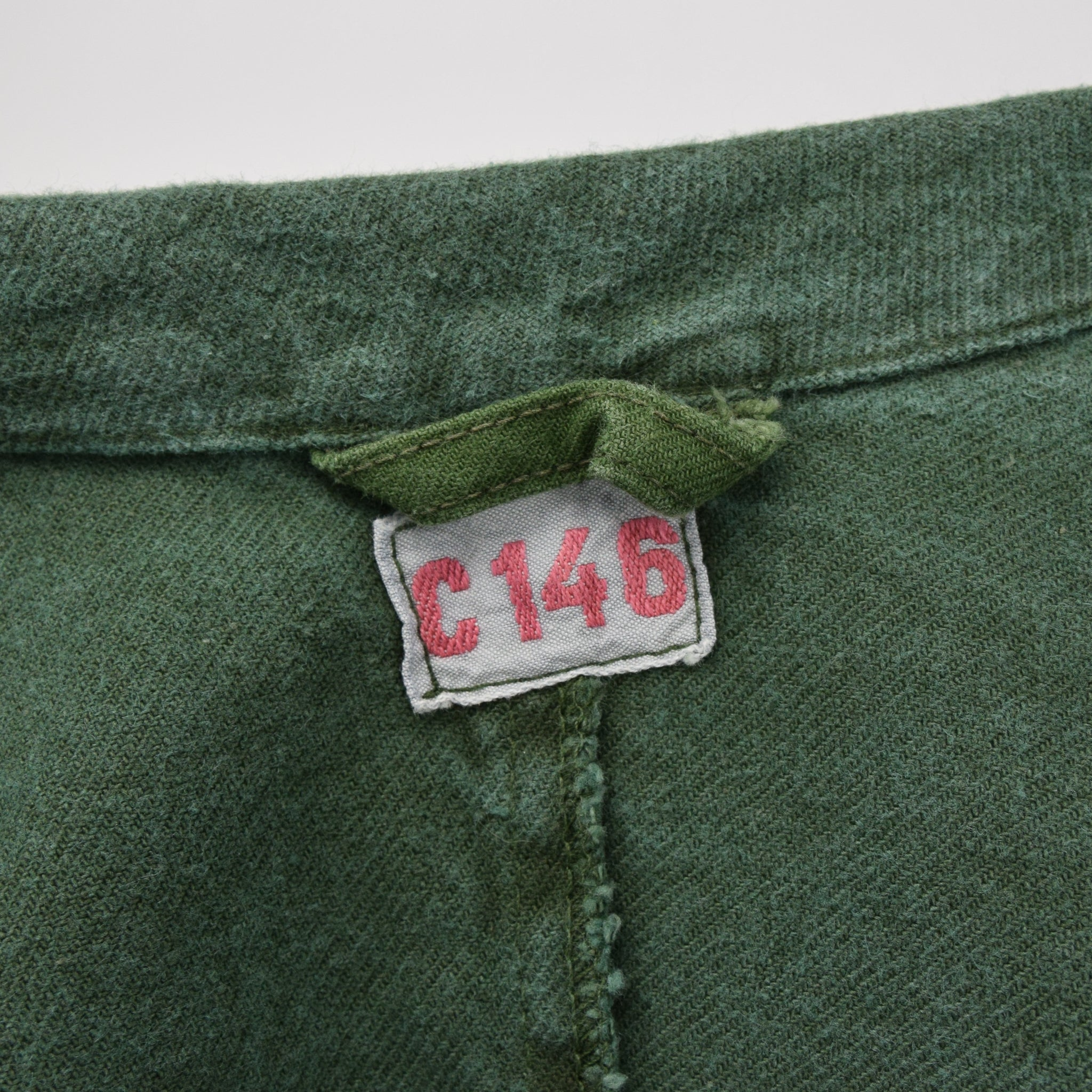 Vintage Swedish Worker Style Distressed Green Military Cotton Field Jacket M / L label