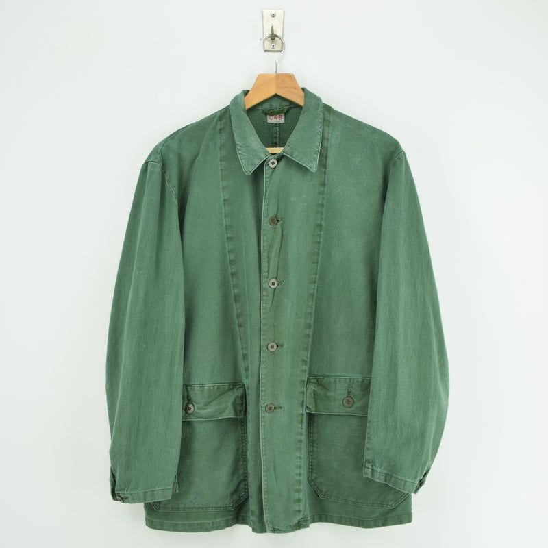 Vintage Swedish Worker Style Green Cotton Well Worn Military Field Jacket M / L front