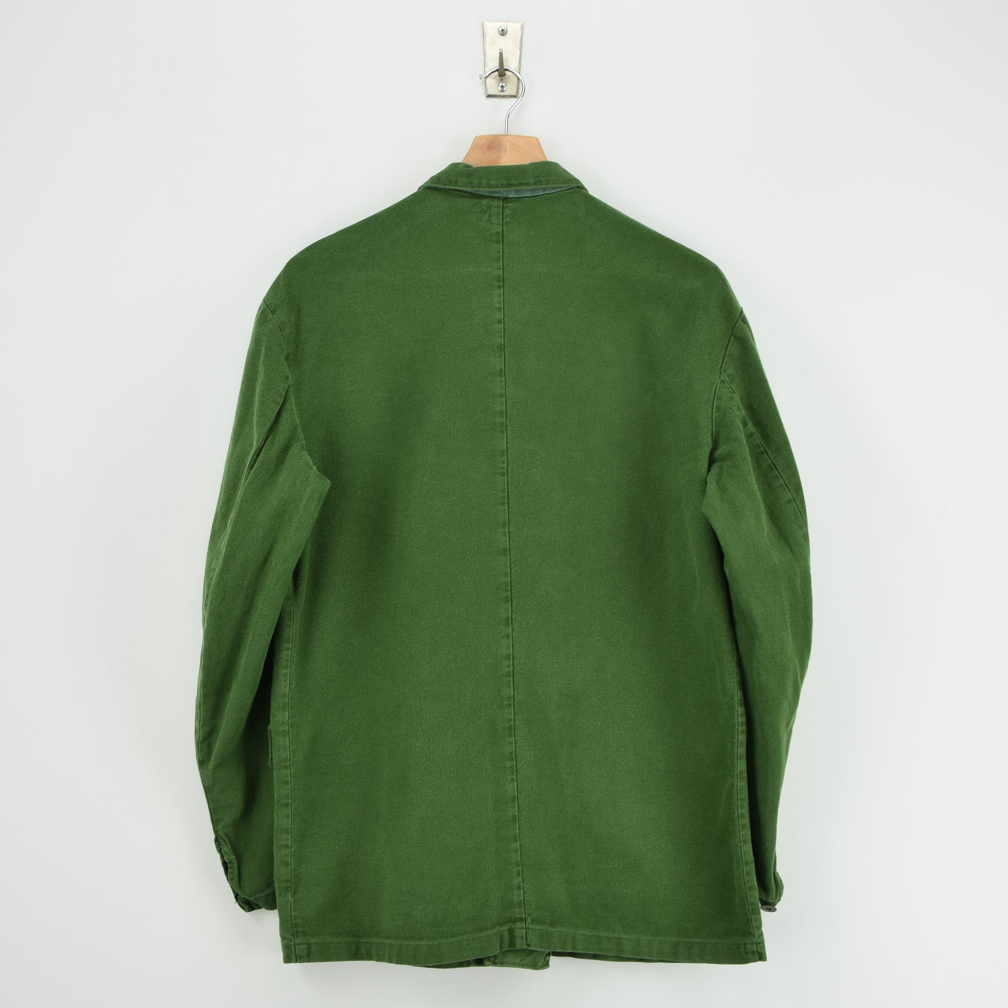 Vintage Swedish Worker Style Green Distressed Military Cotton Field Jacket M / L back