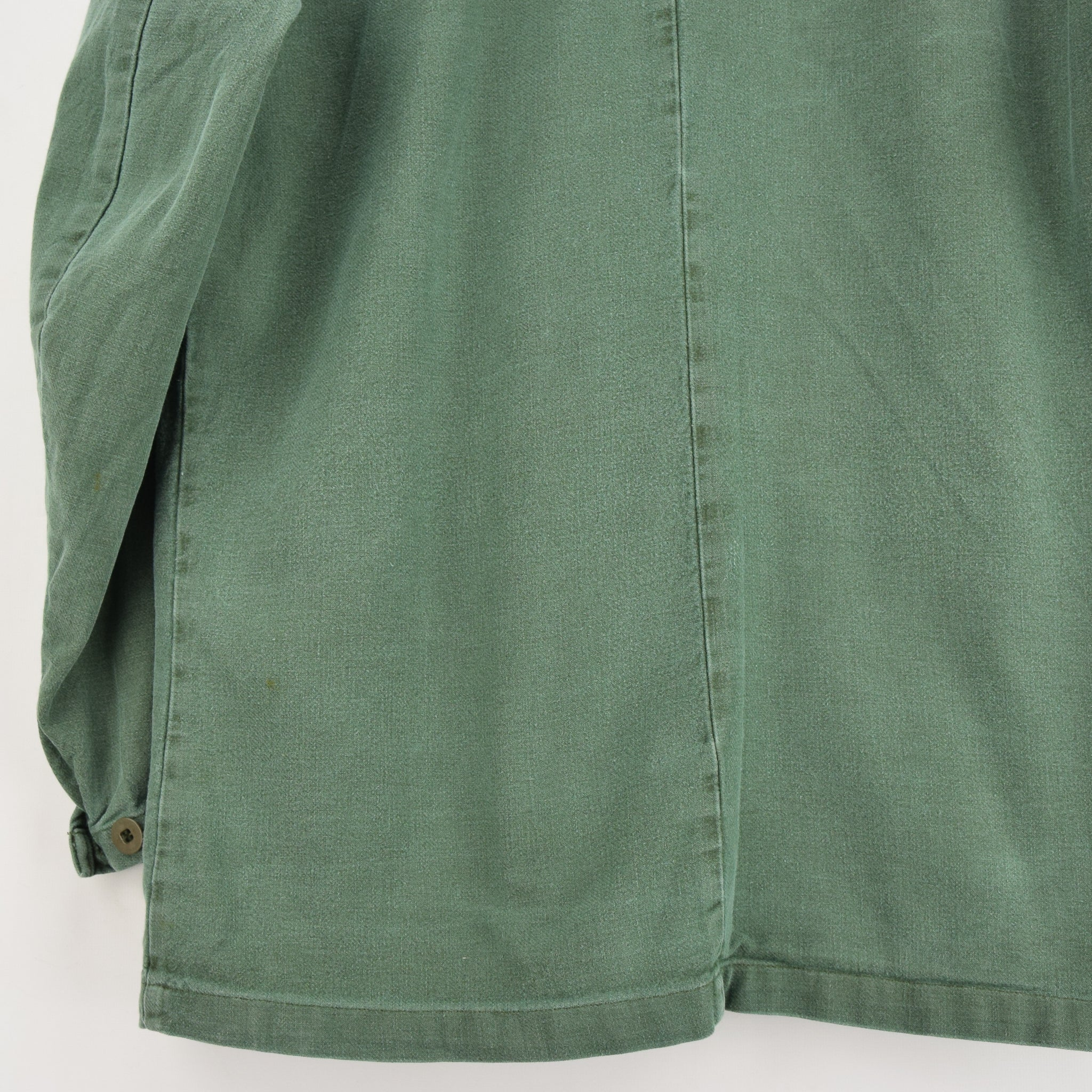 Vintage Swedish Worker Style Green Distressed Military Cotton Field Jacket M back hem