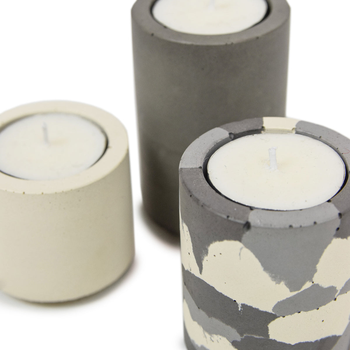 Concrete & Wax Beeswax Candle And Snow Camo Tealight Concrete Holders Slim DETAILS
