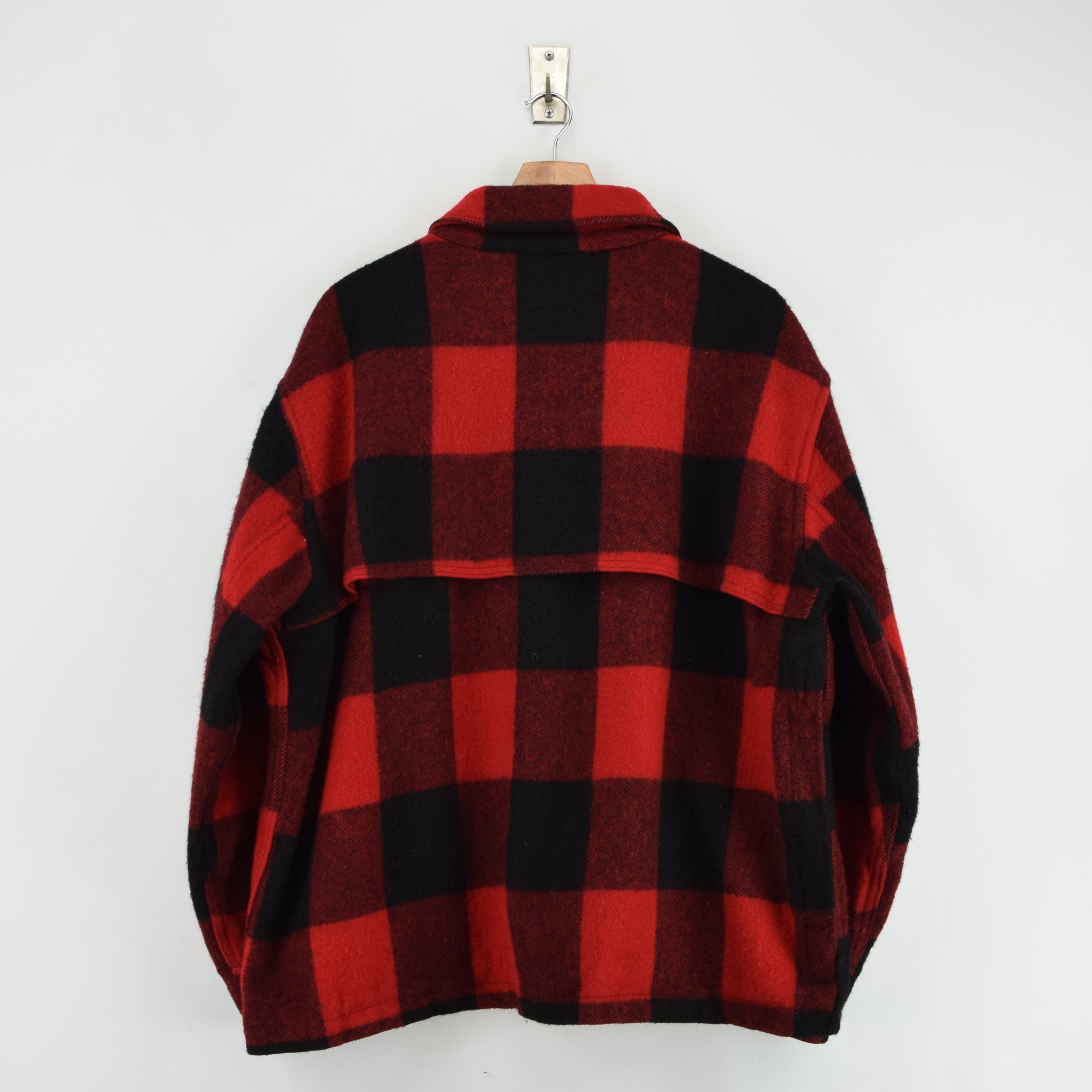 Vintage 70s Woolrich Buffalo Plaid Hunting Mackinaw Shirt Jacket Made in USA XXL back