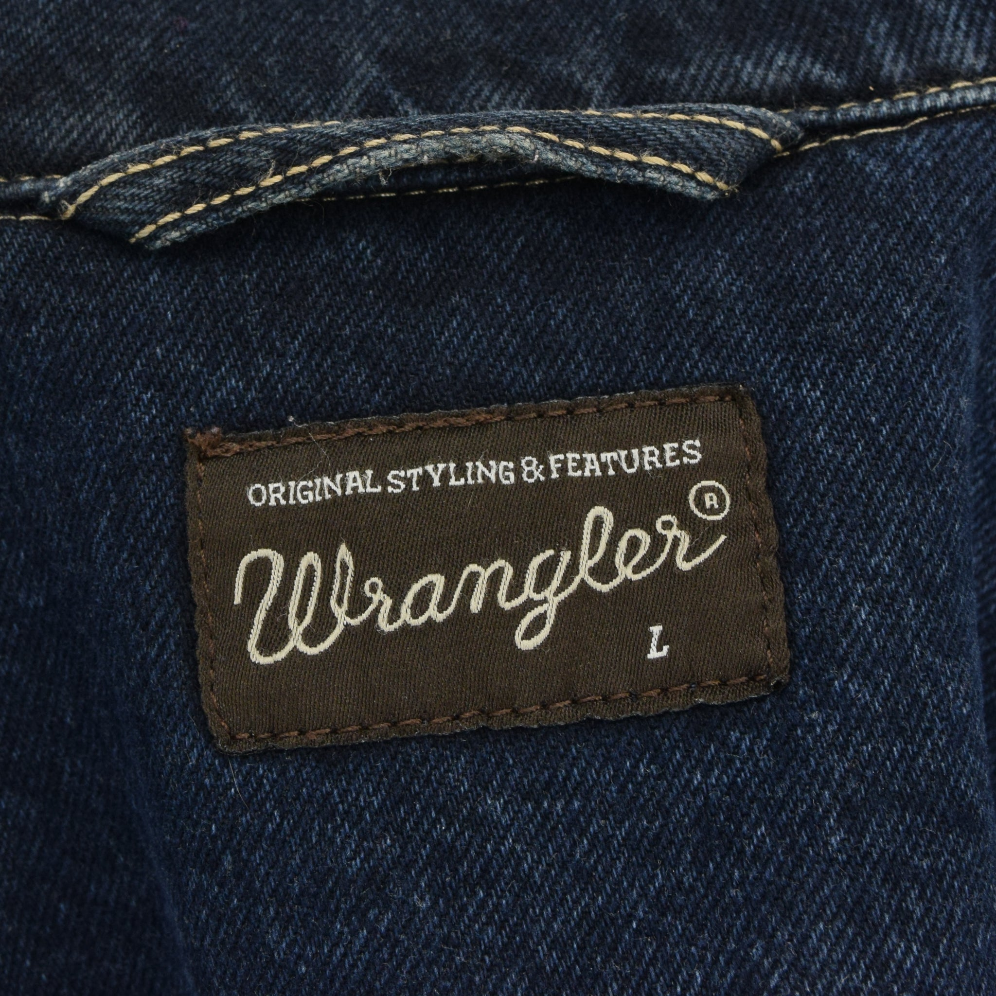 Vintage Wrangler Blue Denim Trucker Style Cotton Western Jacket M / L label