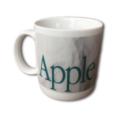 Apple Recycles Mug