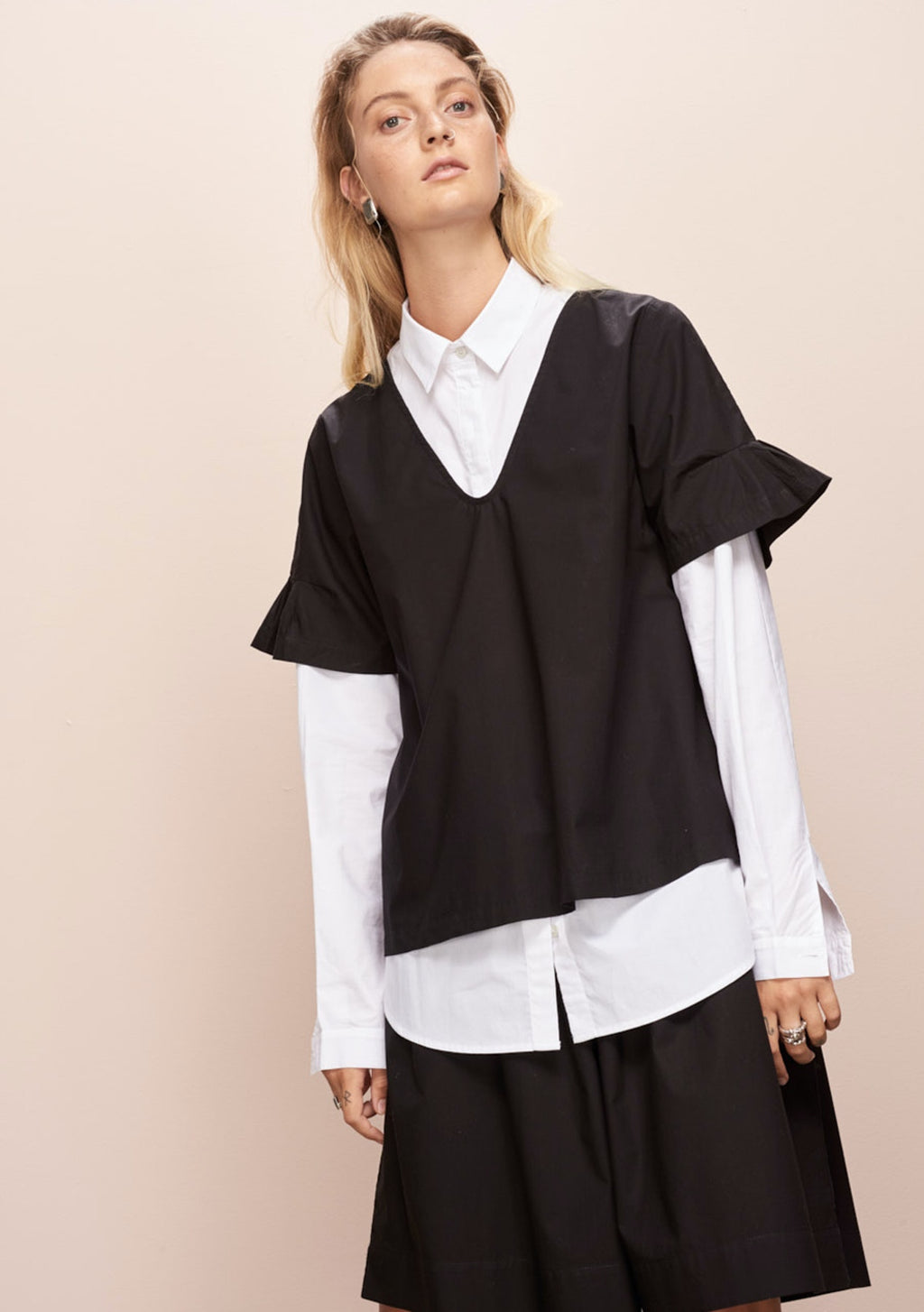 Daze Top in Black by Kowtow
