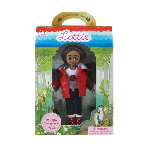 LOTTIE DOLL WILDLIFE PHOTOGRAPHER