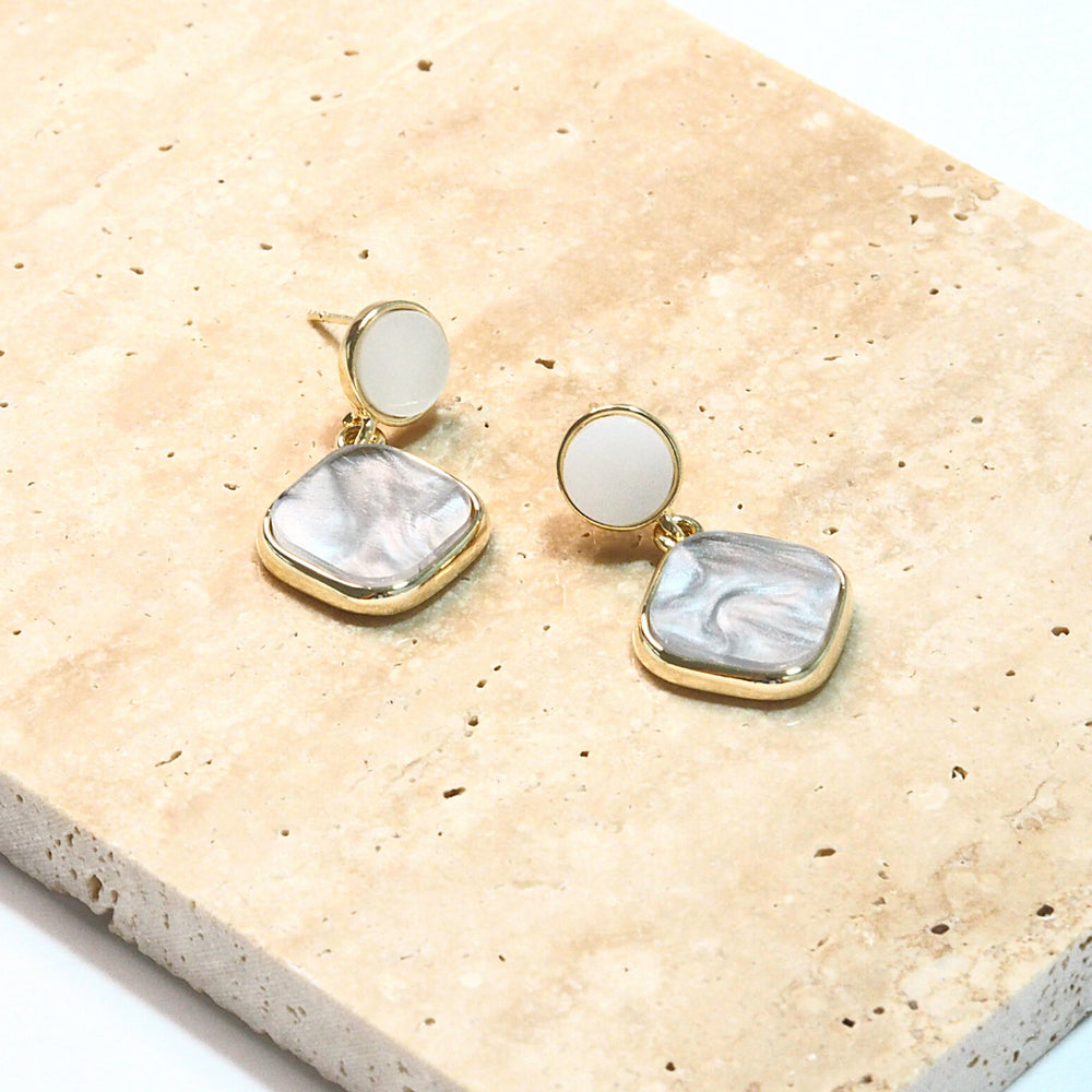 Hylin Resin Earrings (925 Silver Stud)