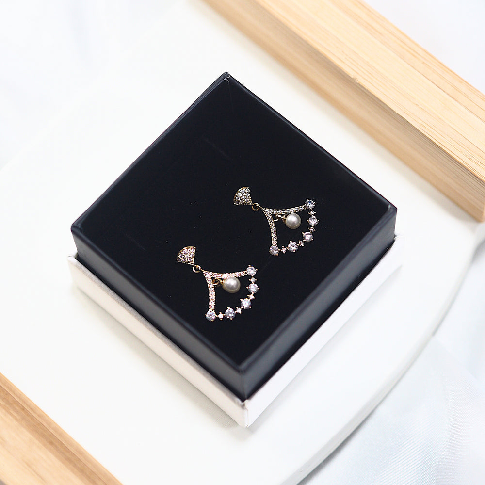 The Sicca Earrings (925 Silver Stud)