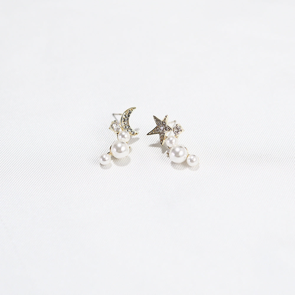 Shaleina Crescent and Star Earrings (925 Silver Stud)