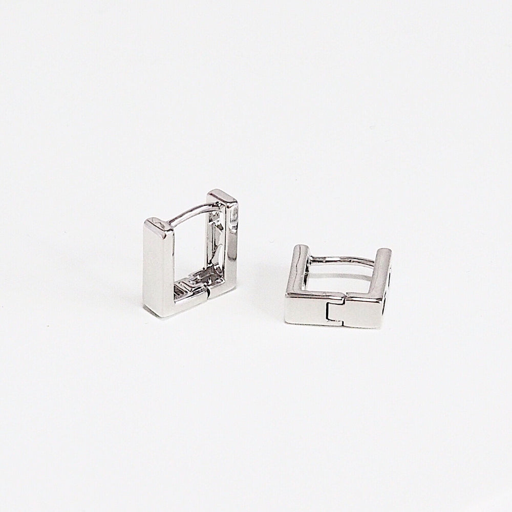 [SET OF 2] The Chuck Huggies (925 Silver Stud)