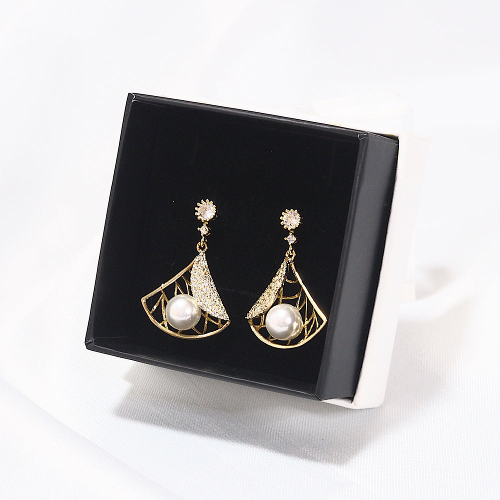 Kayce Pearl Earrings (925 Silver Stud)