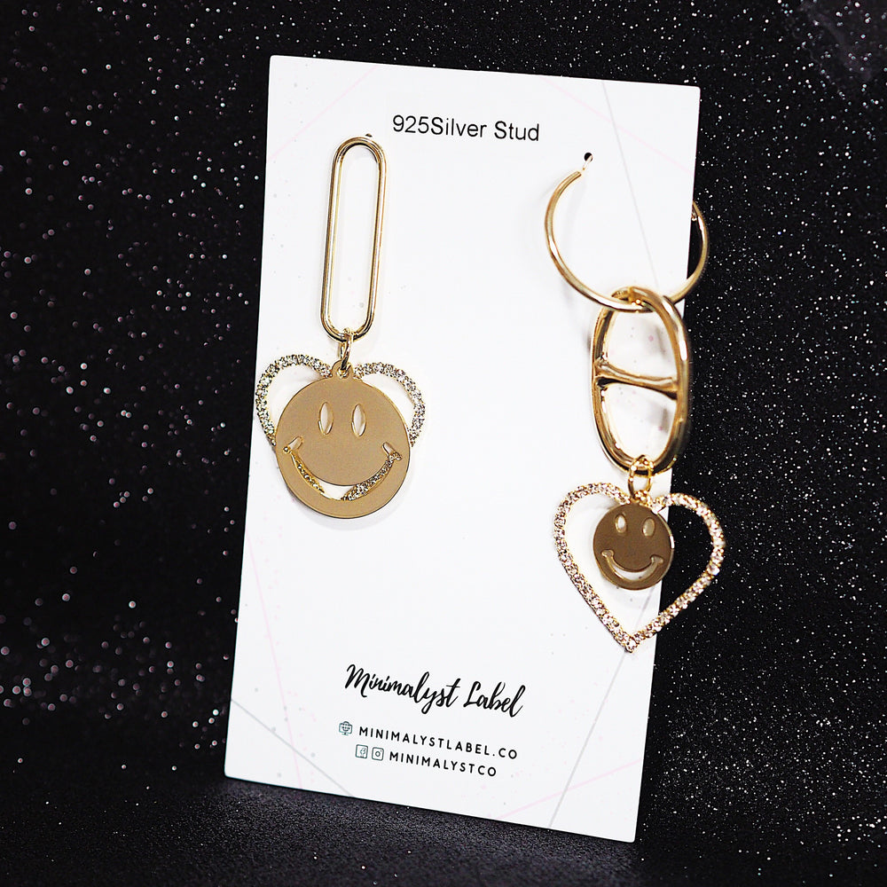Smiley Quinn Earrings (925 Silver Stud)