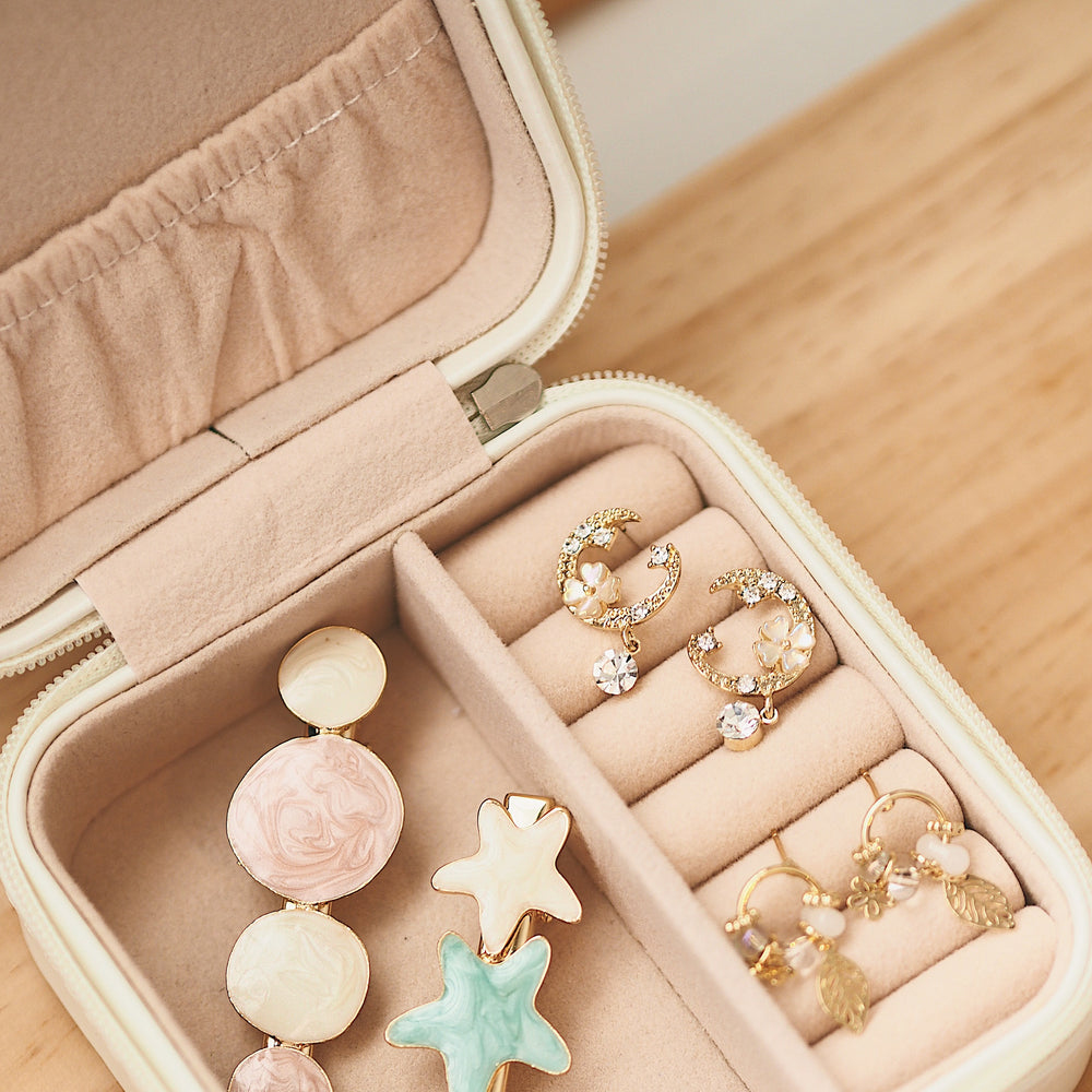 The Cuban Accessory Box [Beige]