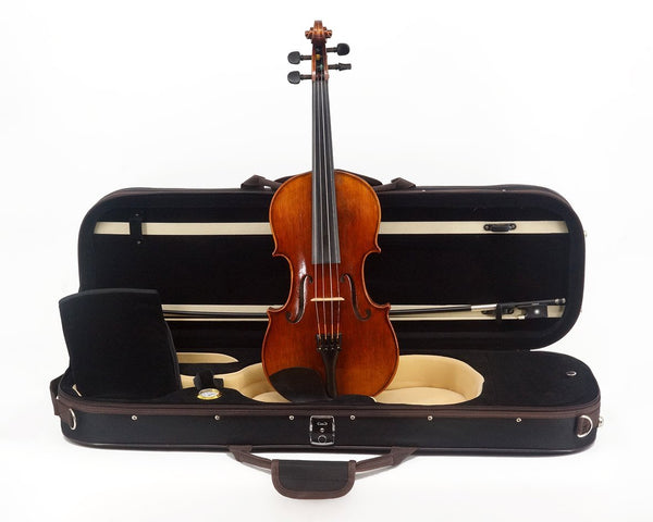 La Vista Better Student Model 50 Violin Outfit including case, bow and full-size violin, front view