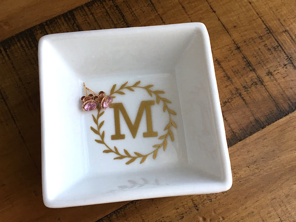 Personalized Monogrammed Letter Laurel Ring Dish