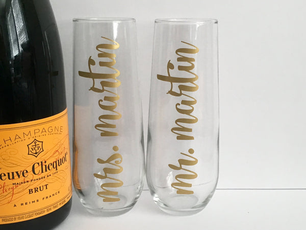 Personalized Mr. and Mrs. Champagne Flutes Set in Vinyl