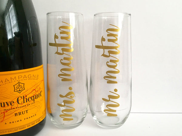 Gold Personalized Mr. and Mrs. Champagne Flutes Set