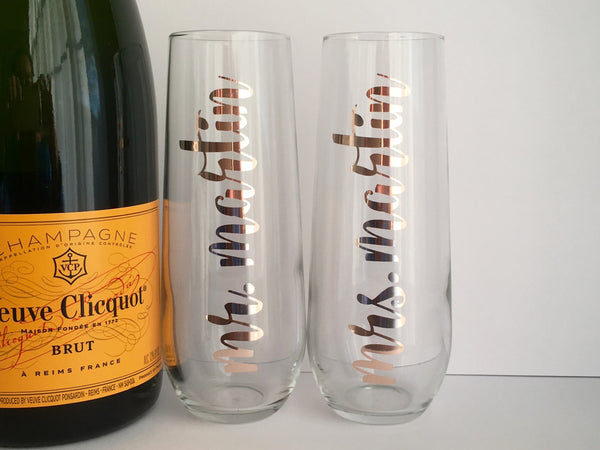 Mr. and Mrs. Champagne Flutes Set in Foil with Personalized Name