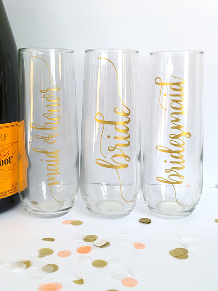 Gold Flourish Bridal Party Champagne Flutes