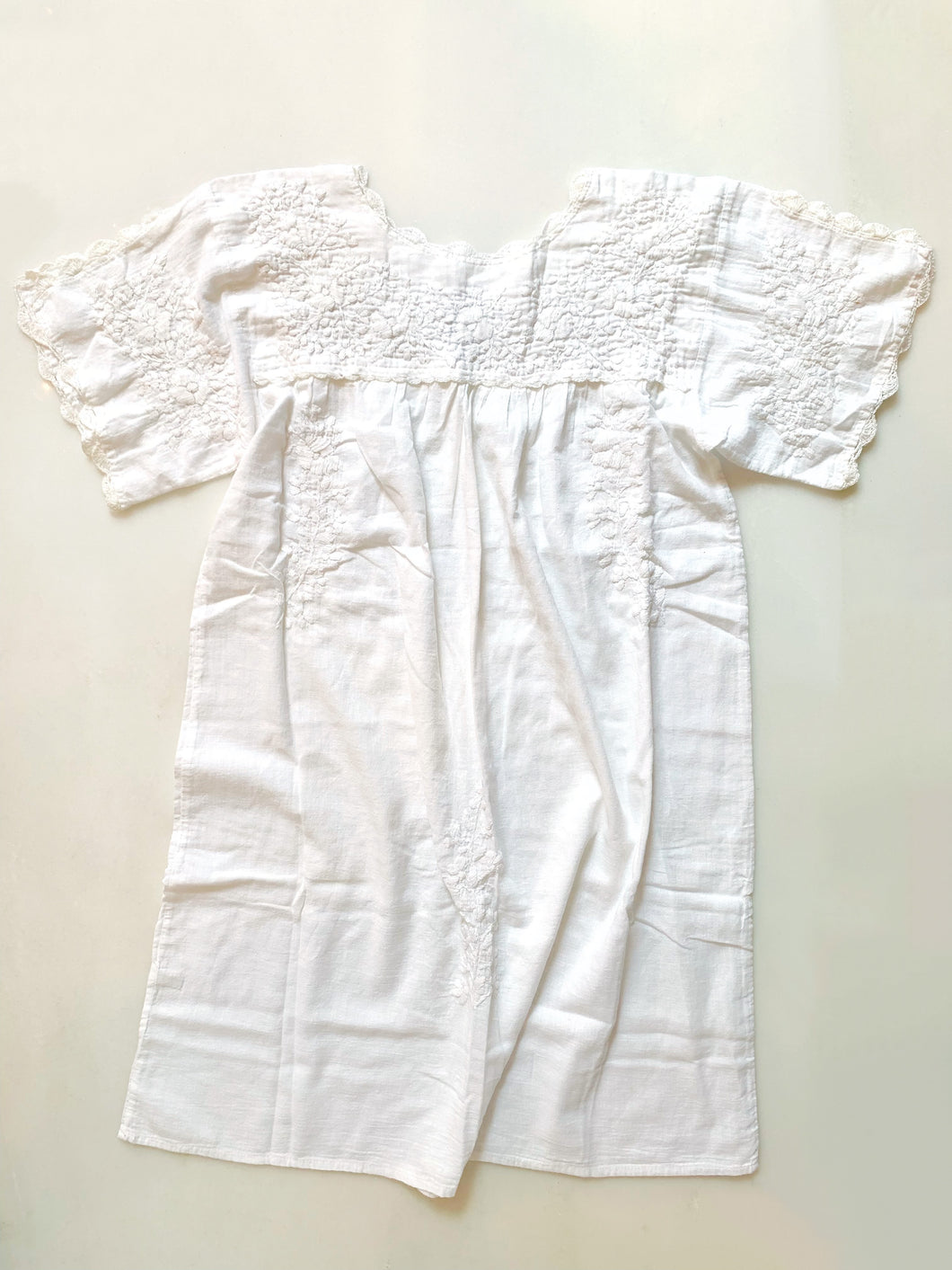 Oaxaca Dress - Split Sleeve (White with White)