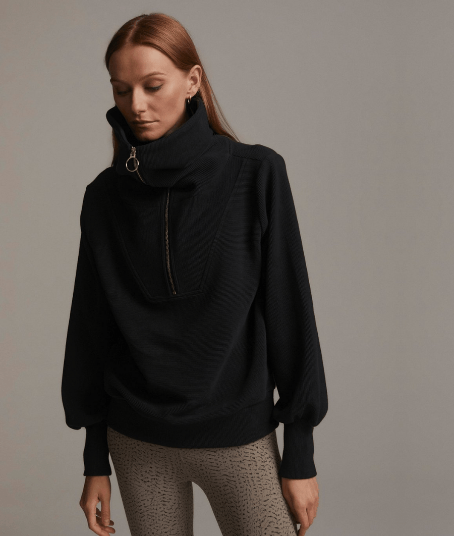 Vine Pullover in Black