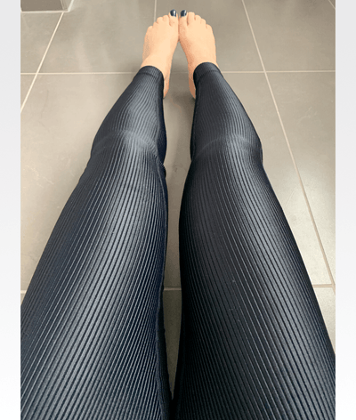 Shiny Ribbed High Waisted Leggings