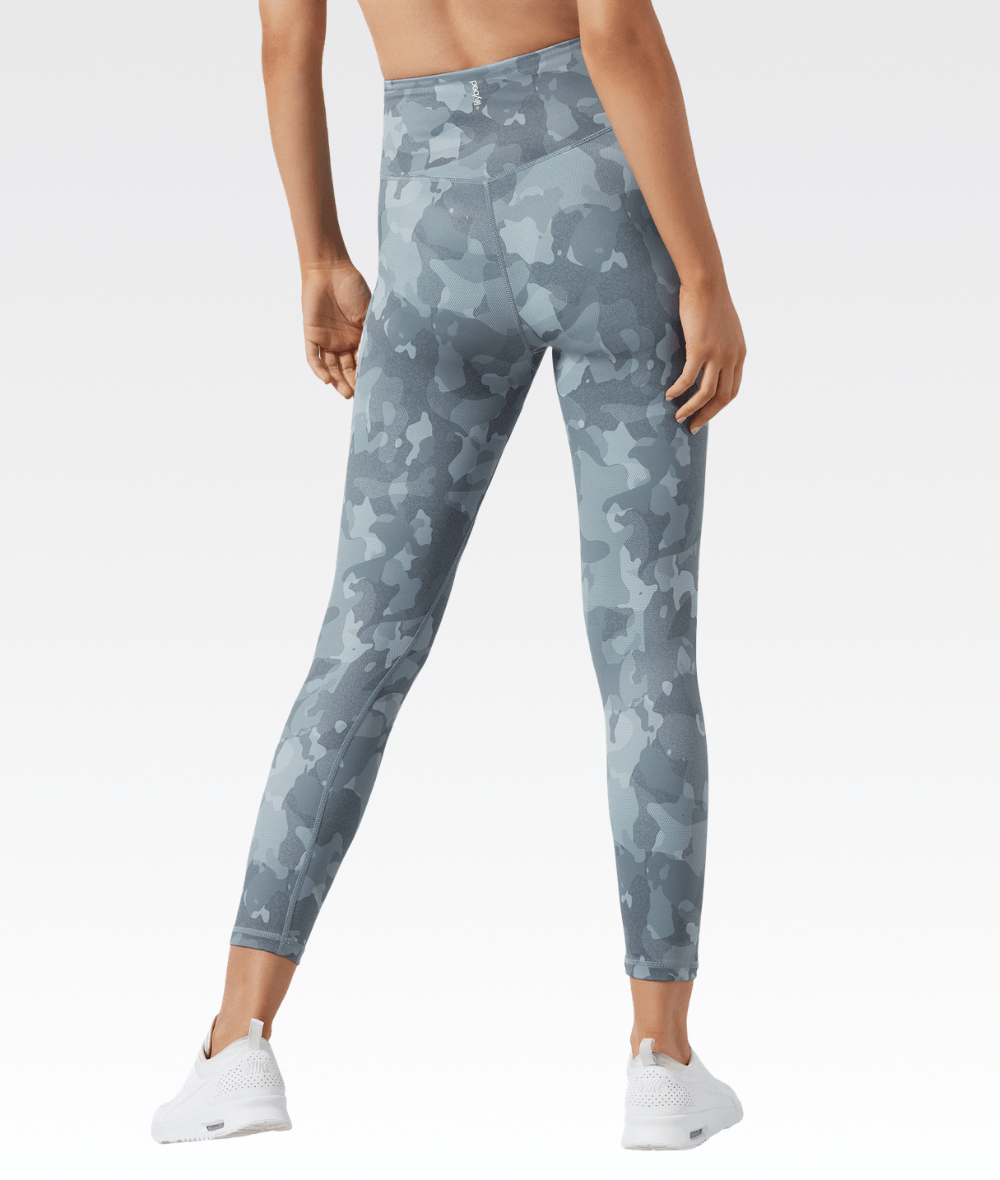 7/8 Camilla Legging in Camo Wintergreen