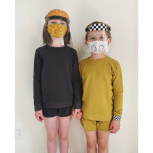 CHECKERED FACE SHIELD