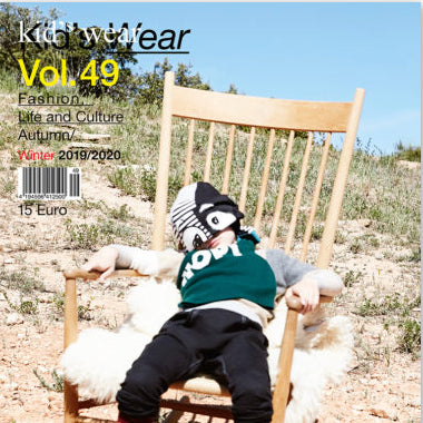 « KIDS WEAR MAGAZINE VOL. 49 »