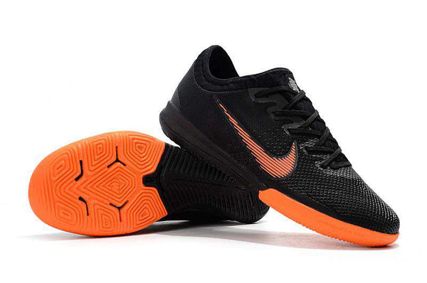 Chuteira Nike Mercurial VaporX XII Pro IC - Black/Orange