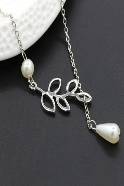 Silver Leaf Pearl Necklace