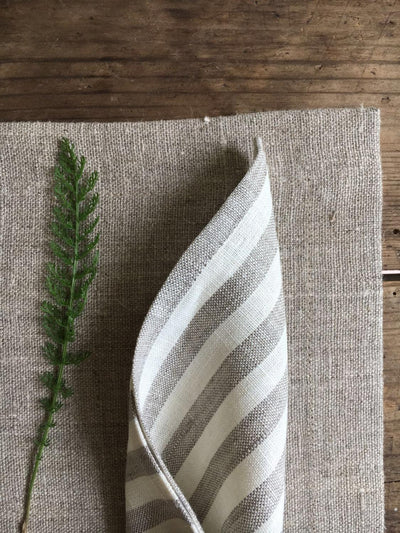 Linen Placemats and Cloth Napkins, Set of Placemats and linen napkins, Matching napkins placemats, matching table set, matching linen table