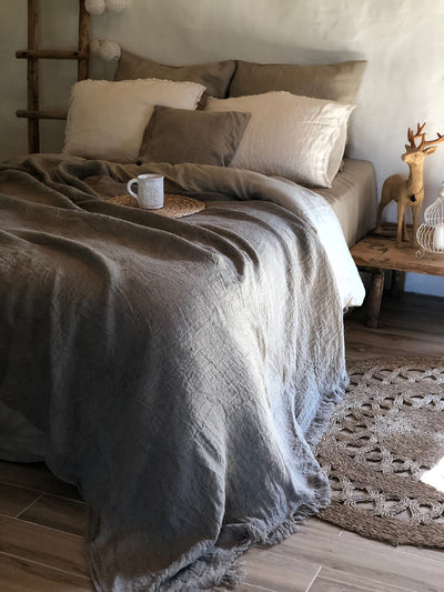 Linen bed cover, Rustic linen, Rustic blanket with fringes, linen throw, bed throw, rustic throw, natural bed covers,, burlap bedding