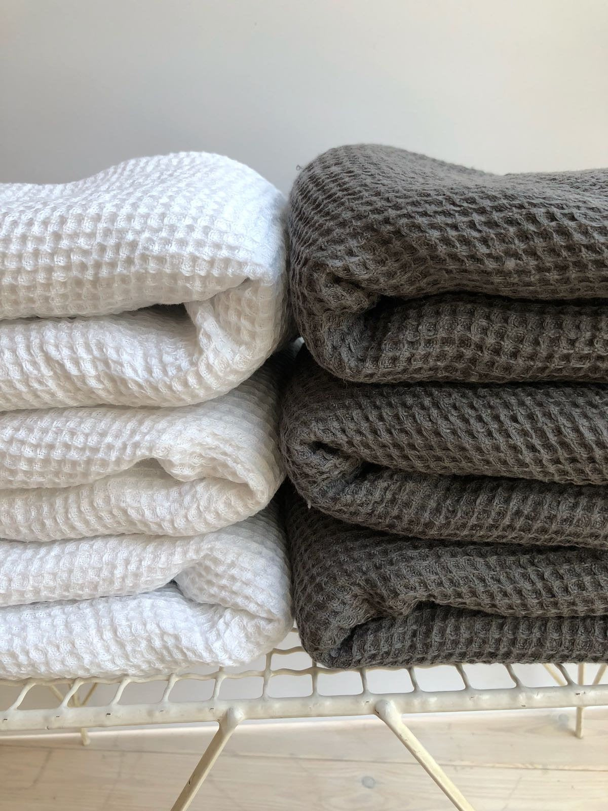 White linen bath towel waffle, large towel, bath towel, massage towel, sauna towel, woven towel, 100% linen towel, gift towel, white towels