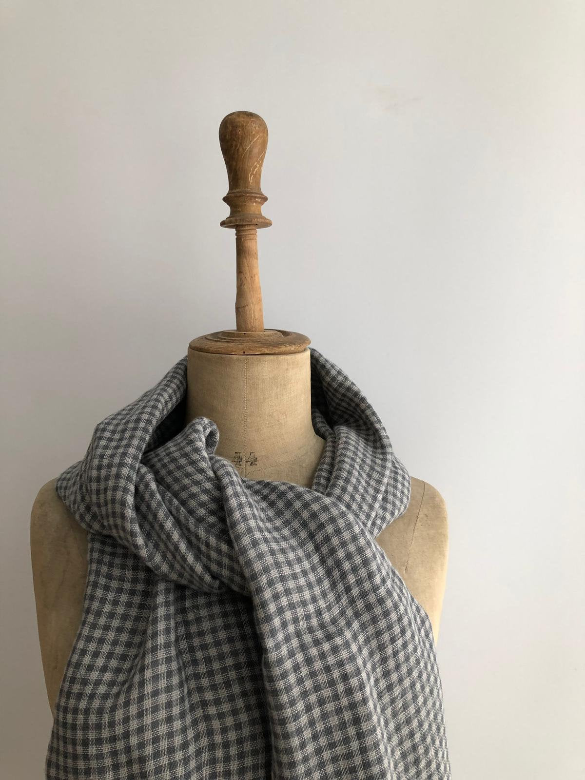 Double-sided Linen Scarf, Grey Checkered Linen Scarf, Scarf for Men, Womens Scarf, Gift for Her, Gift for Him, Classic Linen Scarf, Grey