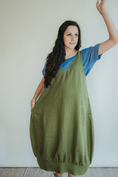 Linen Pinafore Dress 'Mary Lou', Smock Dress Linen, Linen Dress Women, Plus size Linen tunic dress, V neck linen dress, linen midi dress