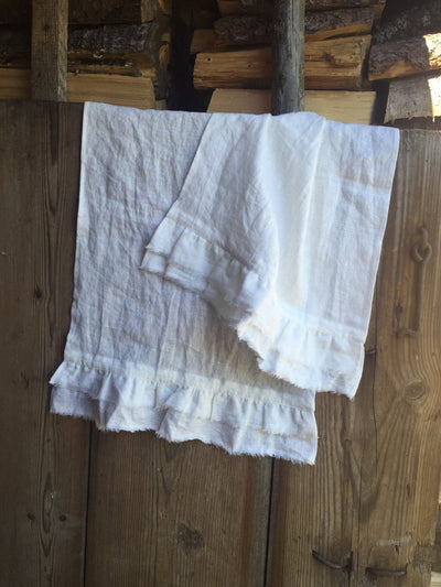 Face towels, set of four soft guest towels, white linen towels, ruffled french linen look by Linenbee