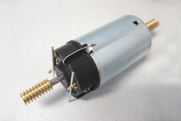 36001 Motor for 6 Wheel Gearbox (G-Scale)