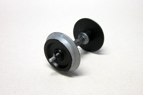 36164 Metal Wheelset: 30mm Plated, 2 pcs - Fits Most American Cars (G-Scale)