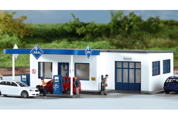 61827 Hobby Line ARAL Gas Station, Building Kit (HO-Scale)