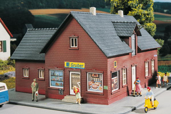 61831 Hobby Line Shop, Building Kit (HO-Scale)