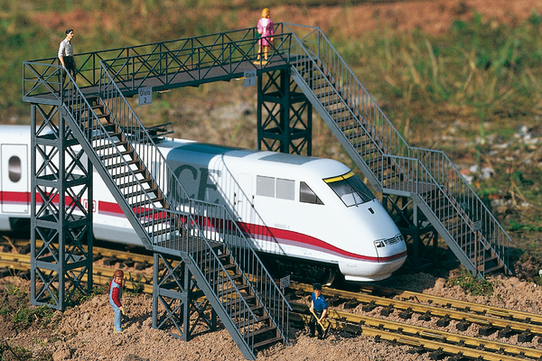 62032 Railway Footbridge, Building Kit (G-Scale)