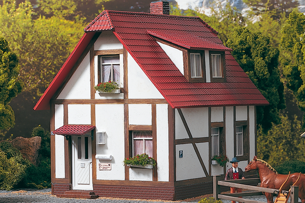 62050 Kings Half Timber House, Building Kit (G-Scale)