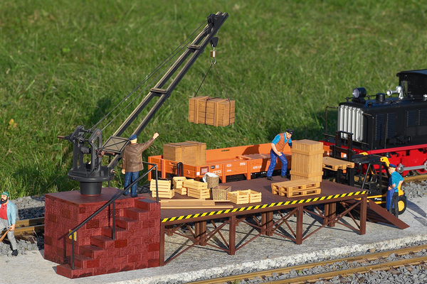 62077 Loading Crane, Building Kit (G-Scale)